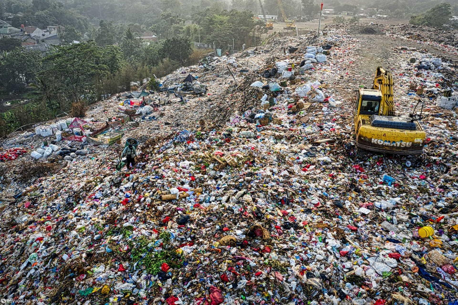 Elképesztő mennyiségű hulladékot hagy maga mögött az ember.