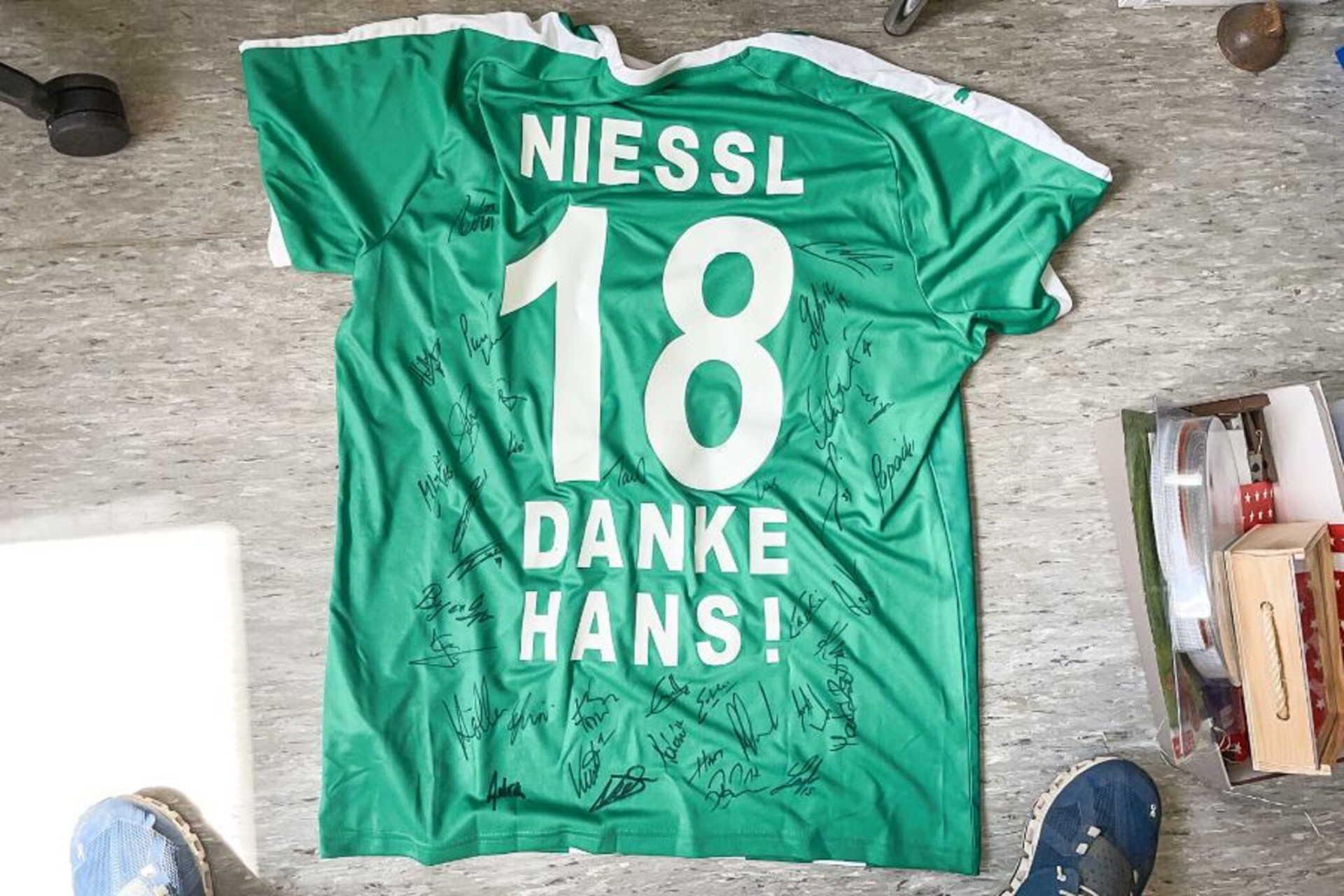Hans Niessl meze