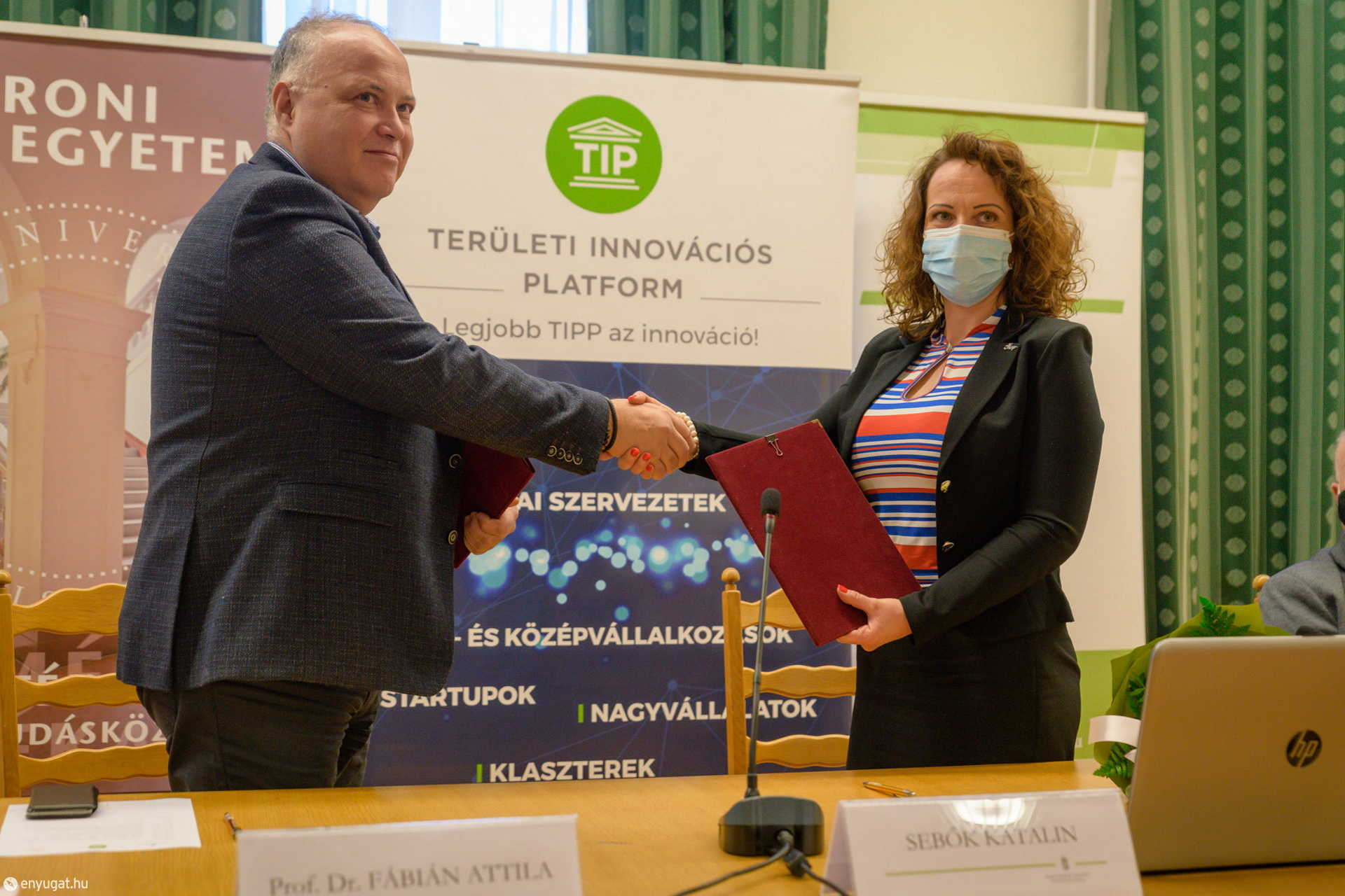 Dr. Fábián Attila rektor és Sebők Katalin