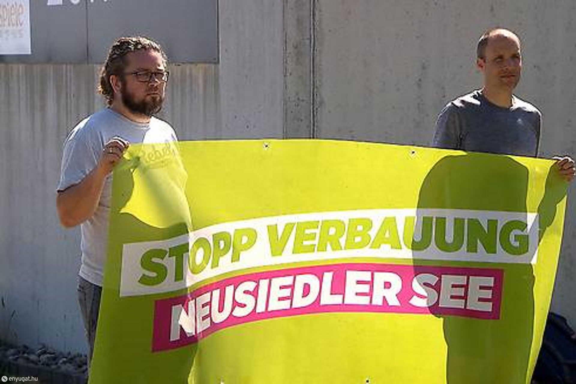 Az osztrák zöldek a magyar és az osztrák oldal építkezéseit is vizsgálná.