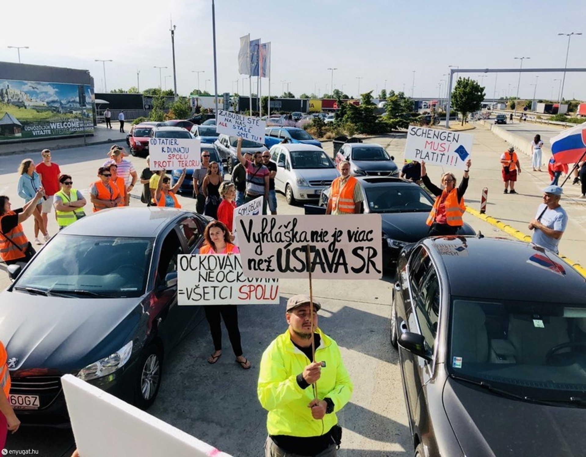 A szlovák ingázók egyre többször demonstrálnak a határon.