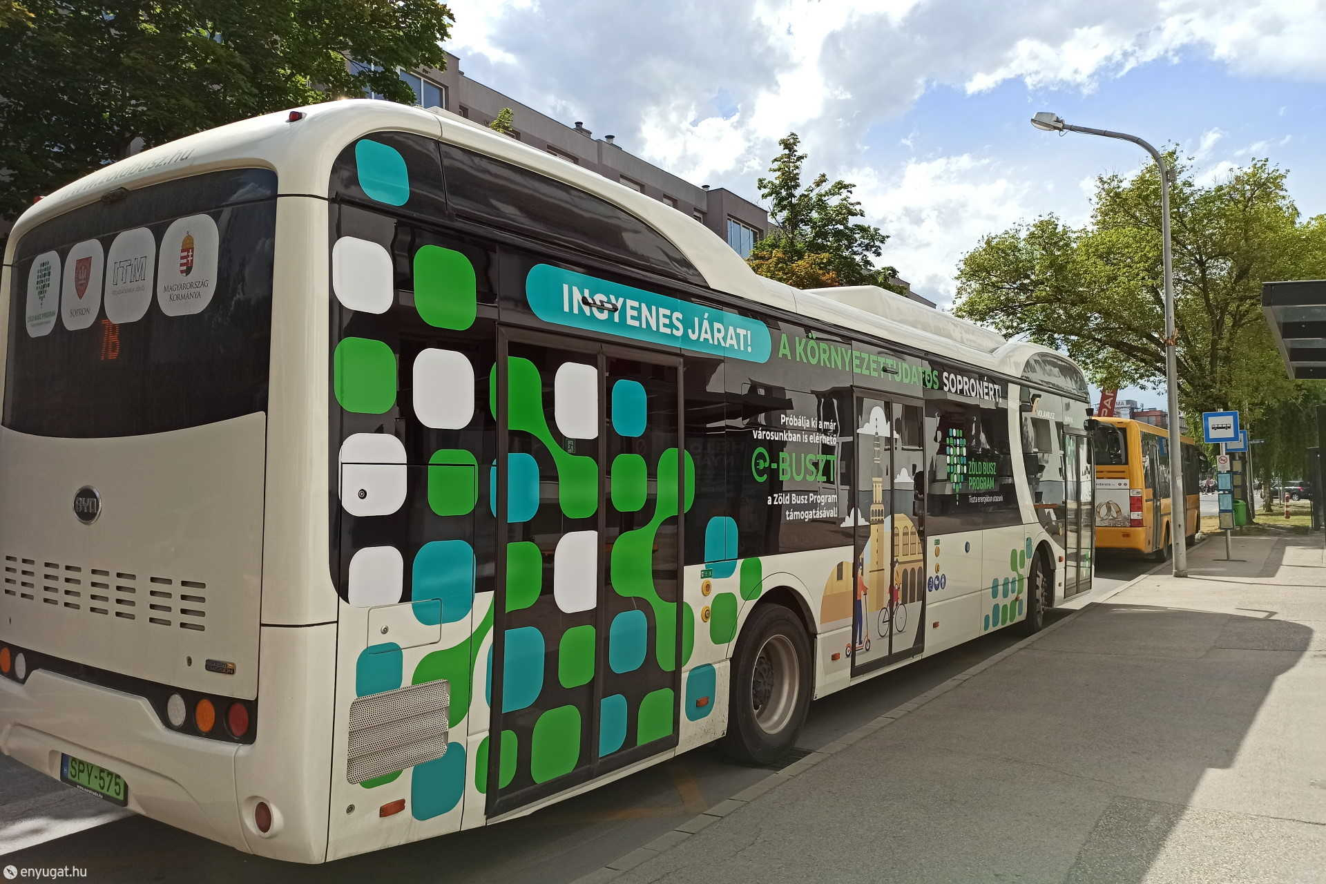 Elektromos busz Sopronban