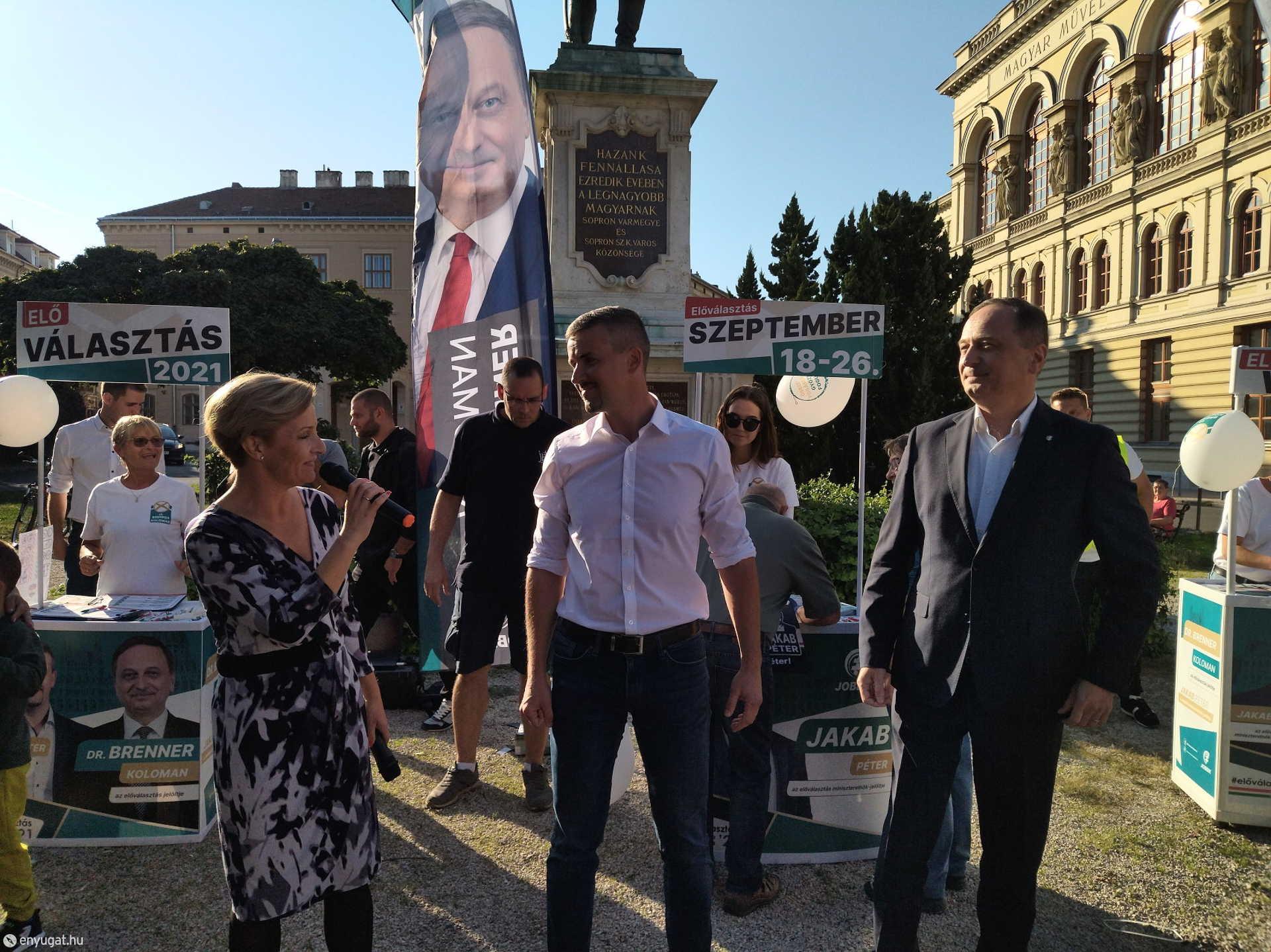 Jakab a kritikáival  hitet akar adni a magyar választóknak.
