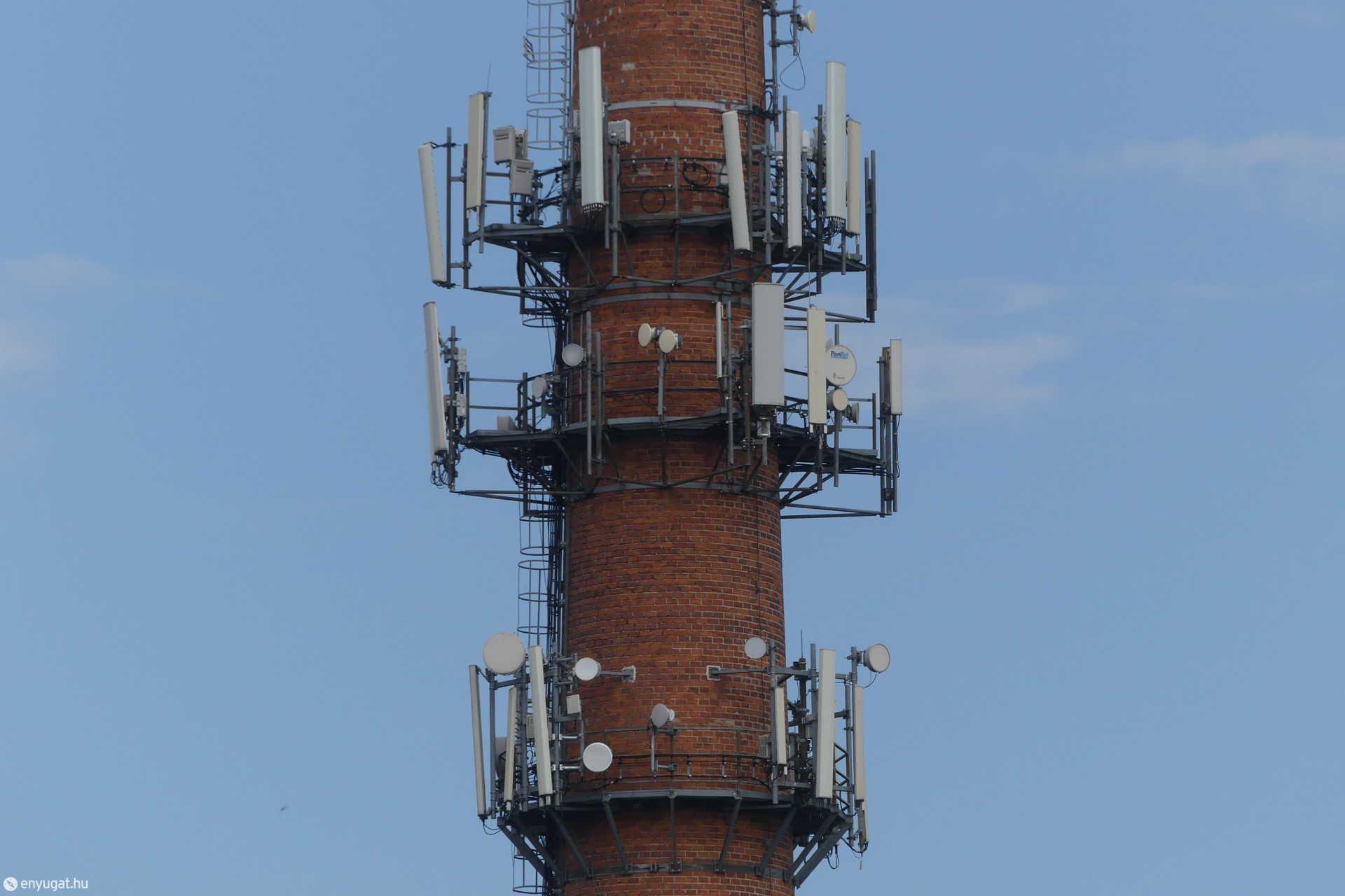 Sopron téglagyár antennák