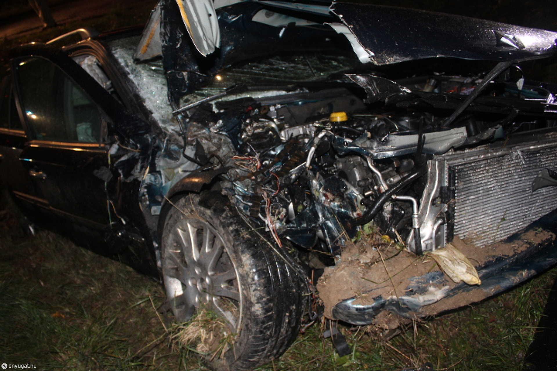 Az ütközés következtében a páli férfi gépkocsija az árokban kötött ki.