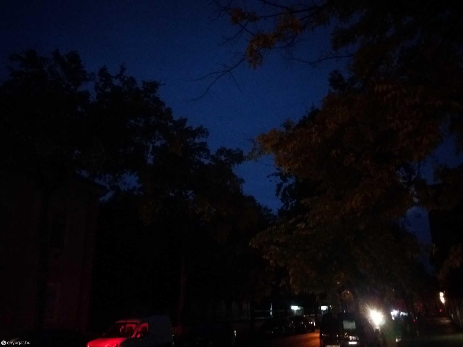 Ha nem muszáj, ne gyalogoljanak este és éjjel a Táncsics utcában!