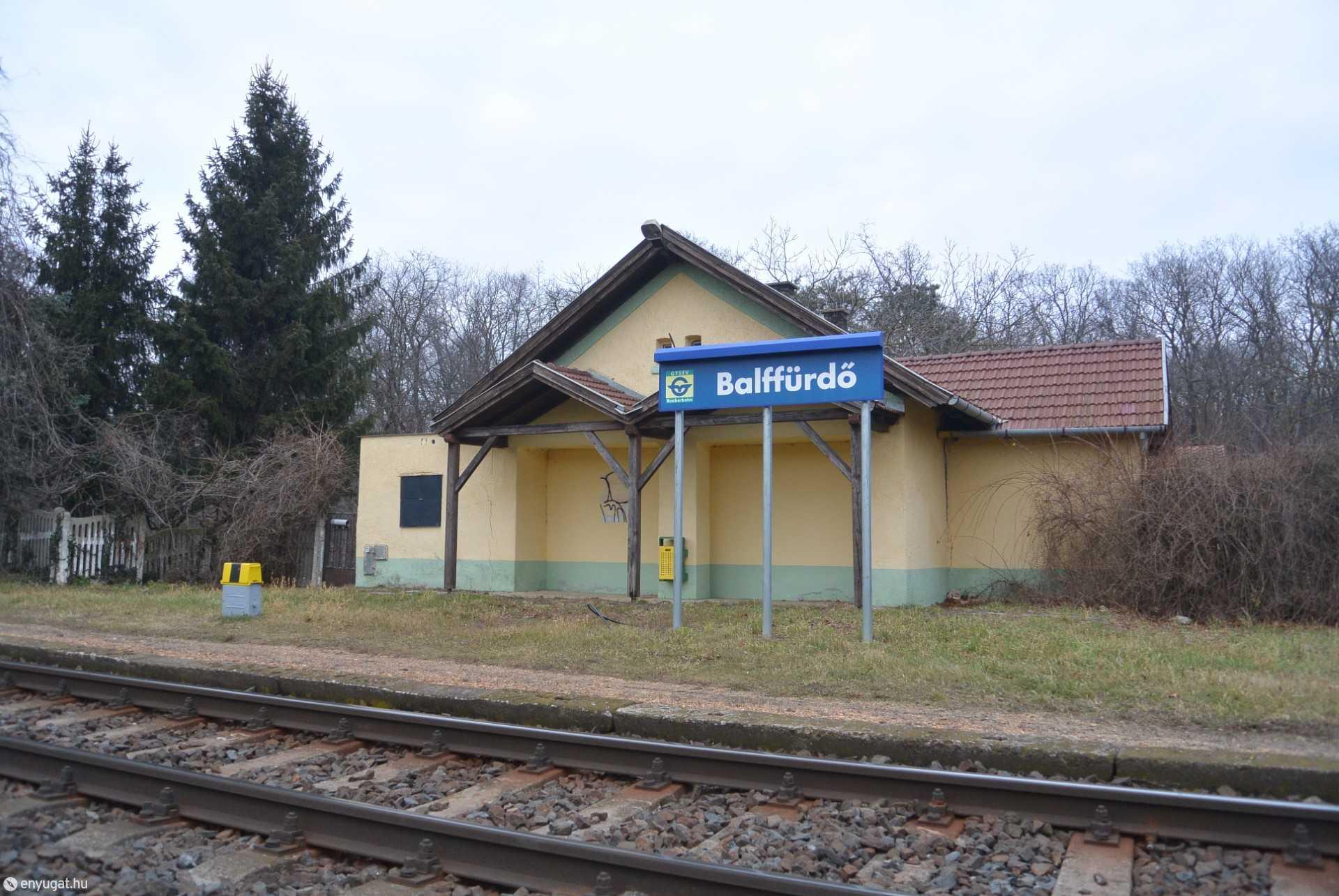 Balffürdő megállóhely, a vonatok nem állnak meg