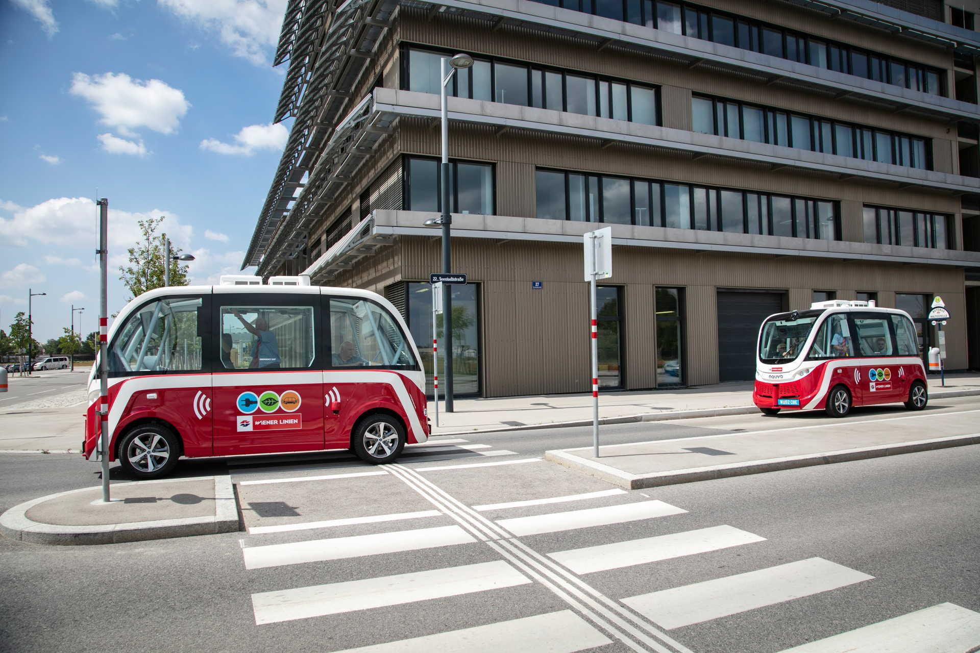 Önvezető busz Bécsben