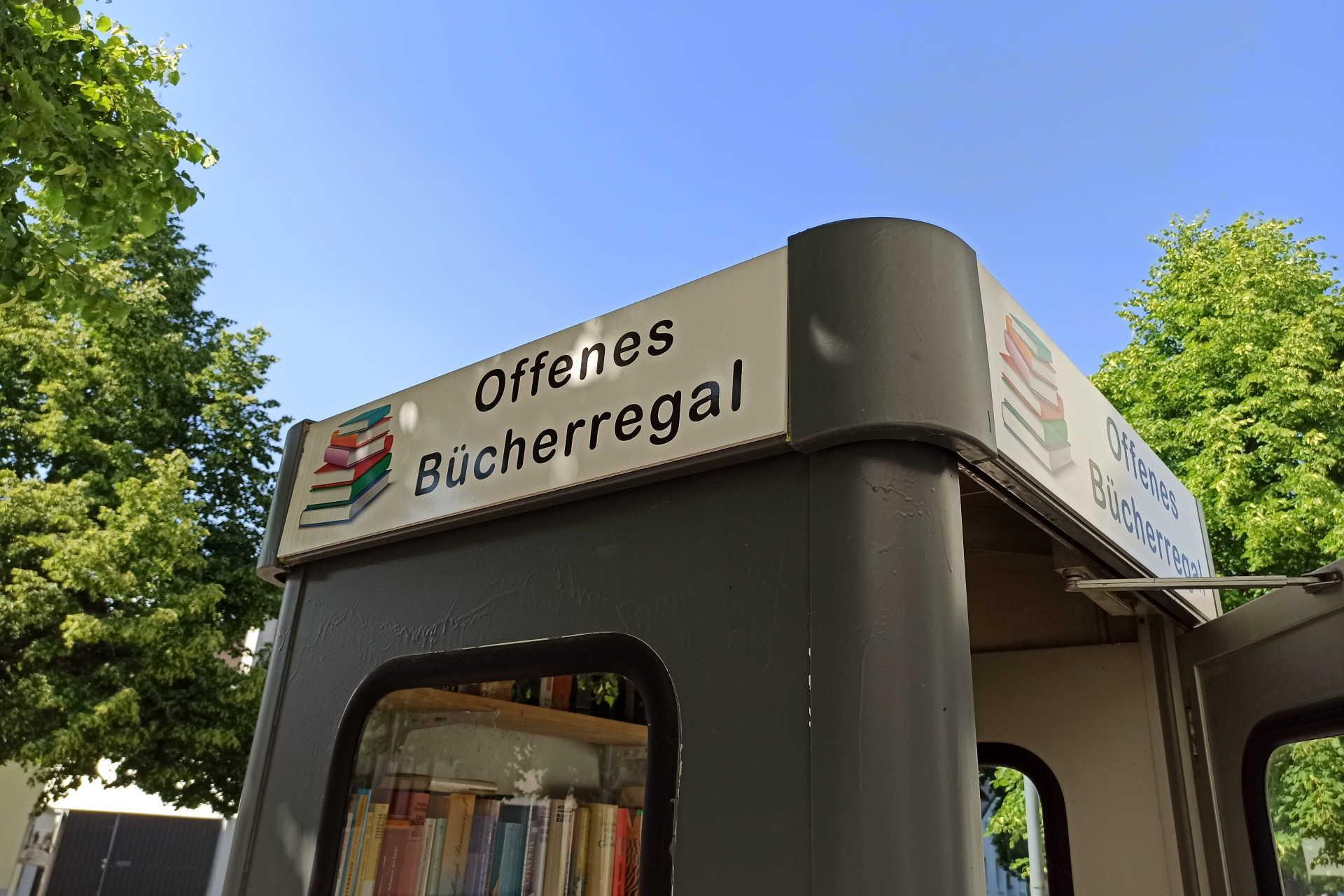 Offenes Bücherregal Schattendorf