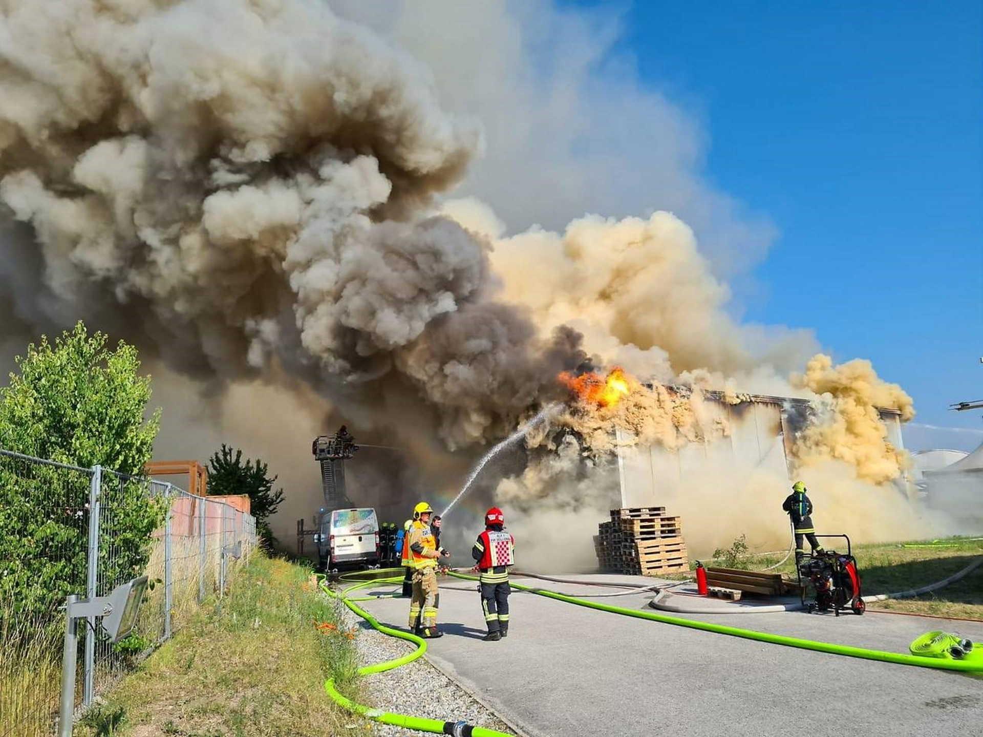 tűz a matzendorfi festékgyárban