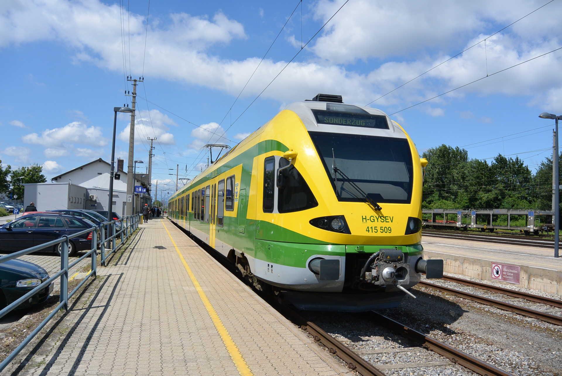 FLIRT motorvonat különvonatként Ebenfurt állomáson