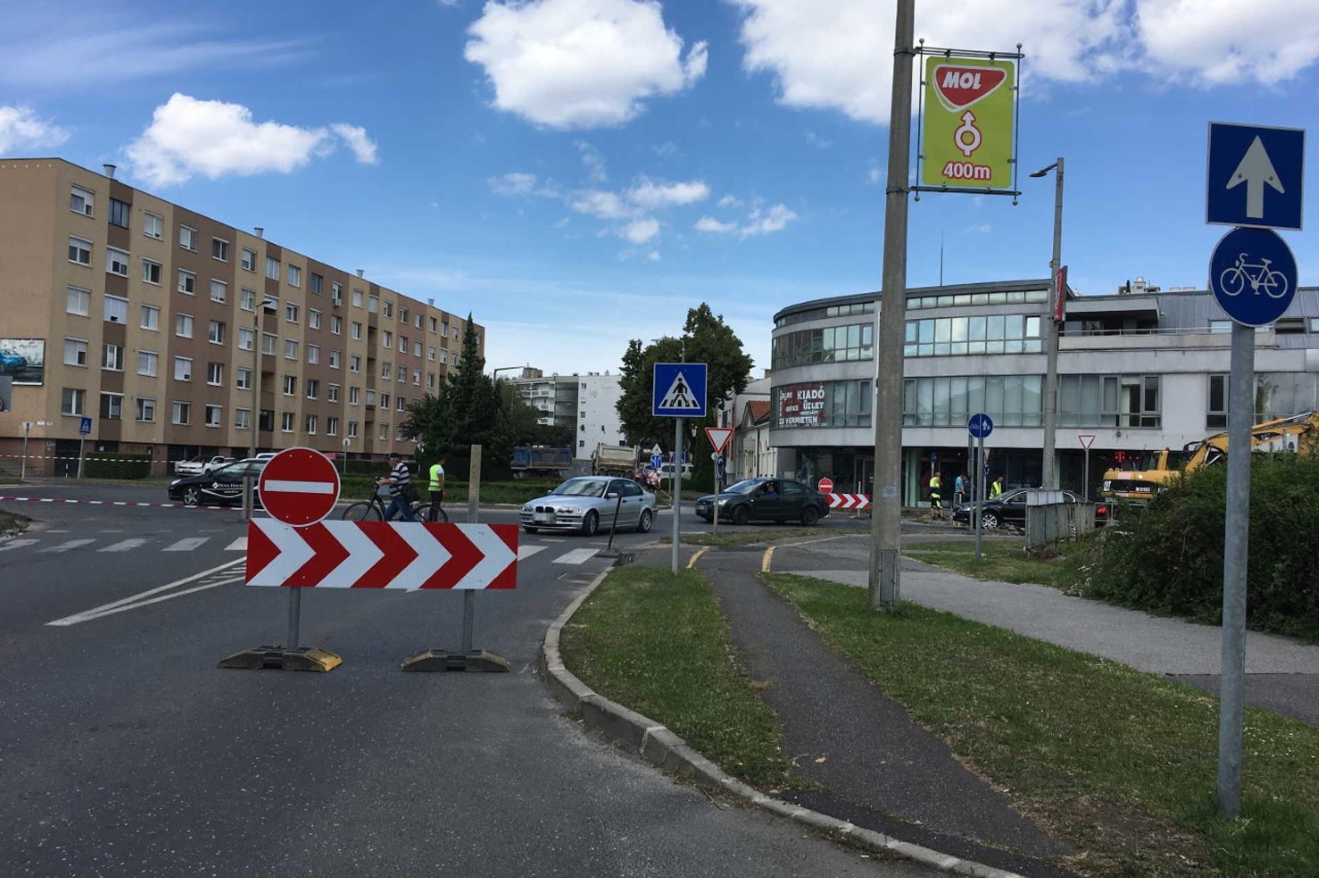 Útépítés a Csengery utca környékén