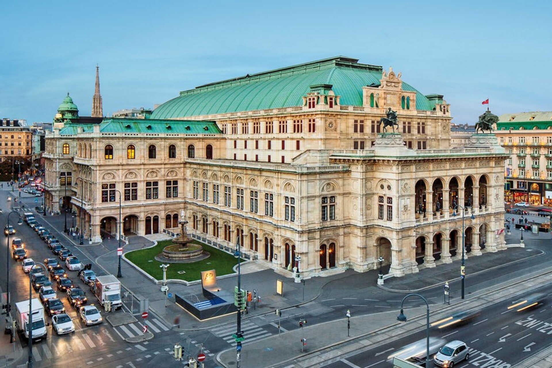 A Bécsi Operaház előadásaira is vonatkozni fog az új szabályozás.